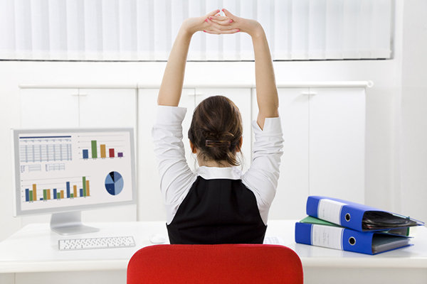 11 Stretches Every Desk Worker Has to know